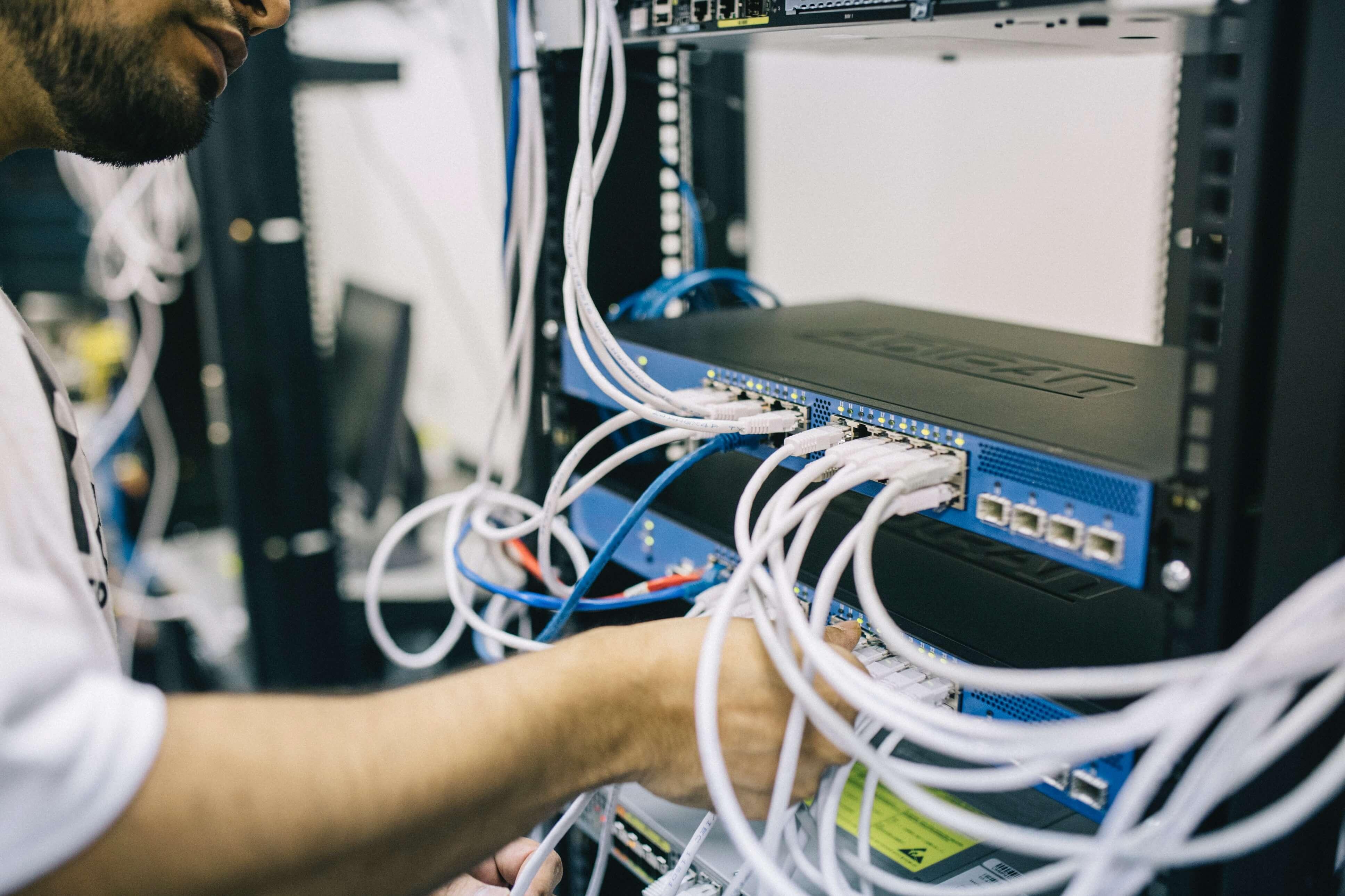 Réalisation et maintenance en informatique de réseau à la Roche sur Yon par Photo Elec